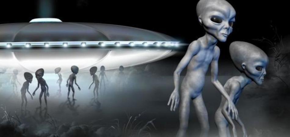 aliens.jpg.36023fa00b73615c55cd400db20202f6.jpg